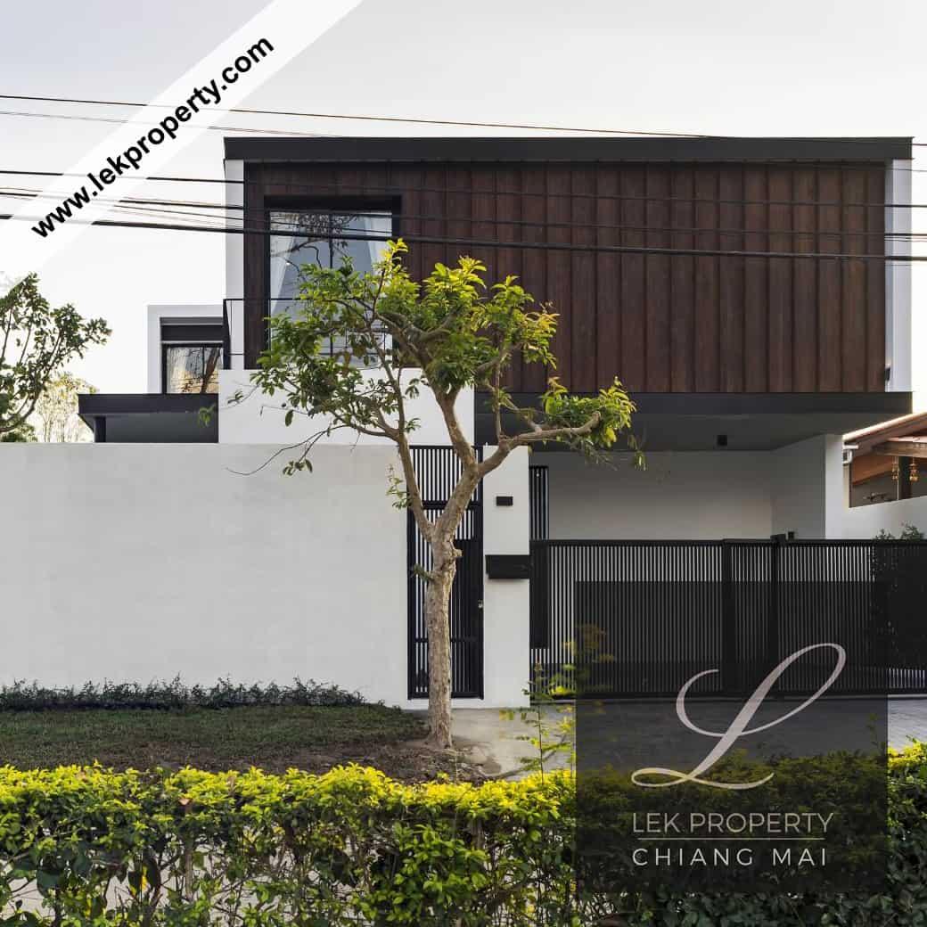 6 Bedroom Luxury Modern Pool Villa in Chiang Mai (H200)