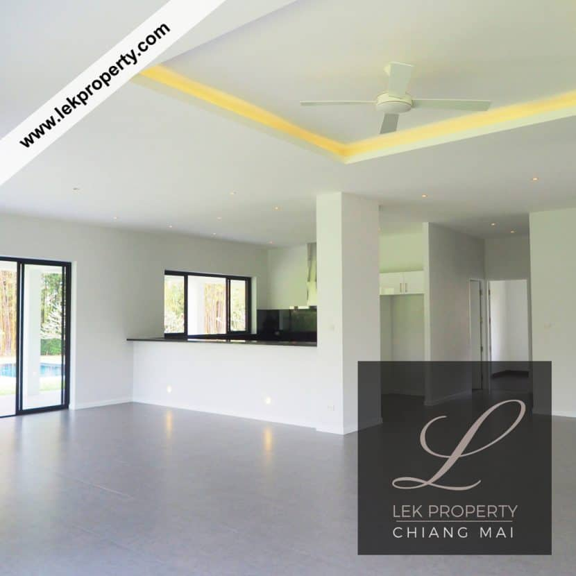 Chiang Mai Luxury Villa for Sale-H122-002