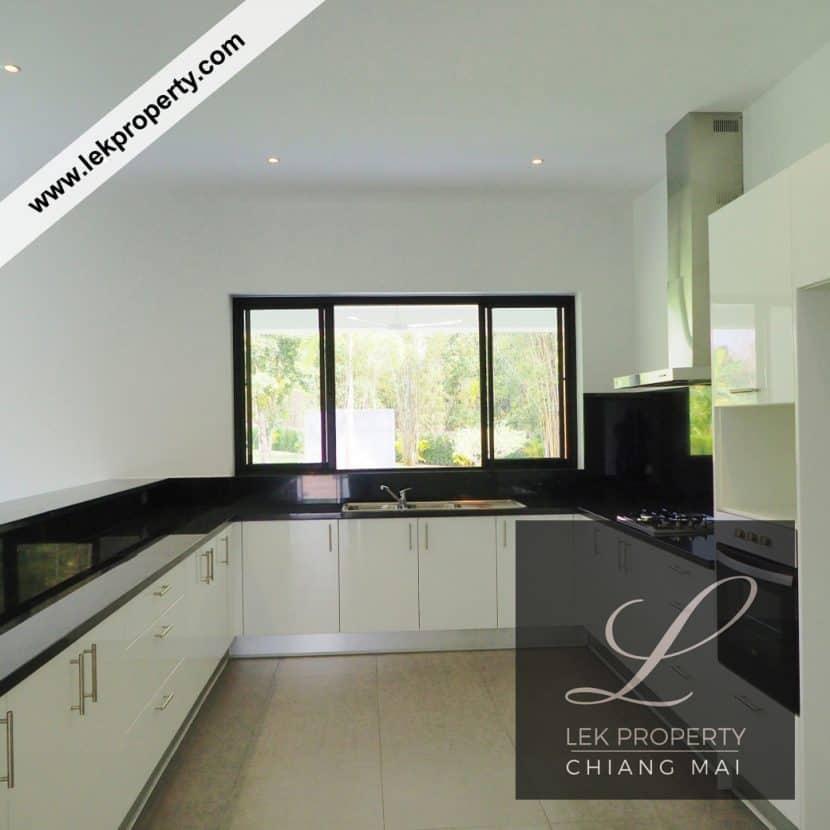 Chiang Mai Luxury Villa for Sale-H122-003
