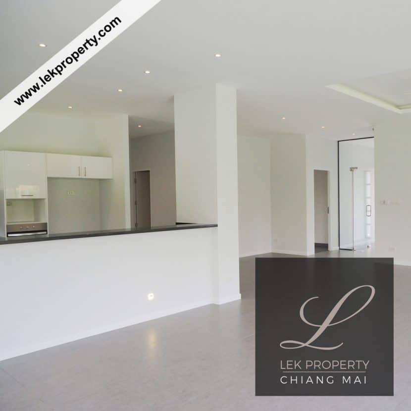 Chiang Mai Luxury Villa for Sale-H122-004