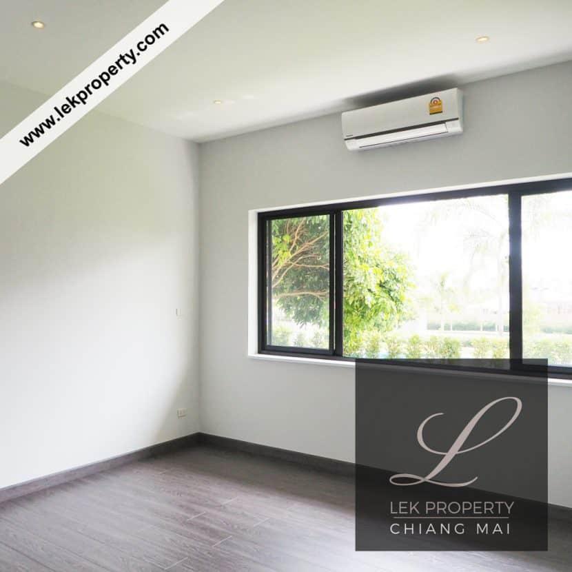 Chiang Mai Luxury Villa for Sale-H122-006