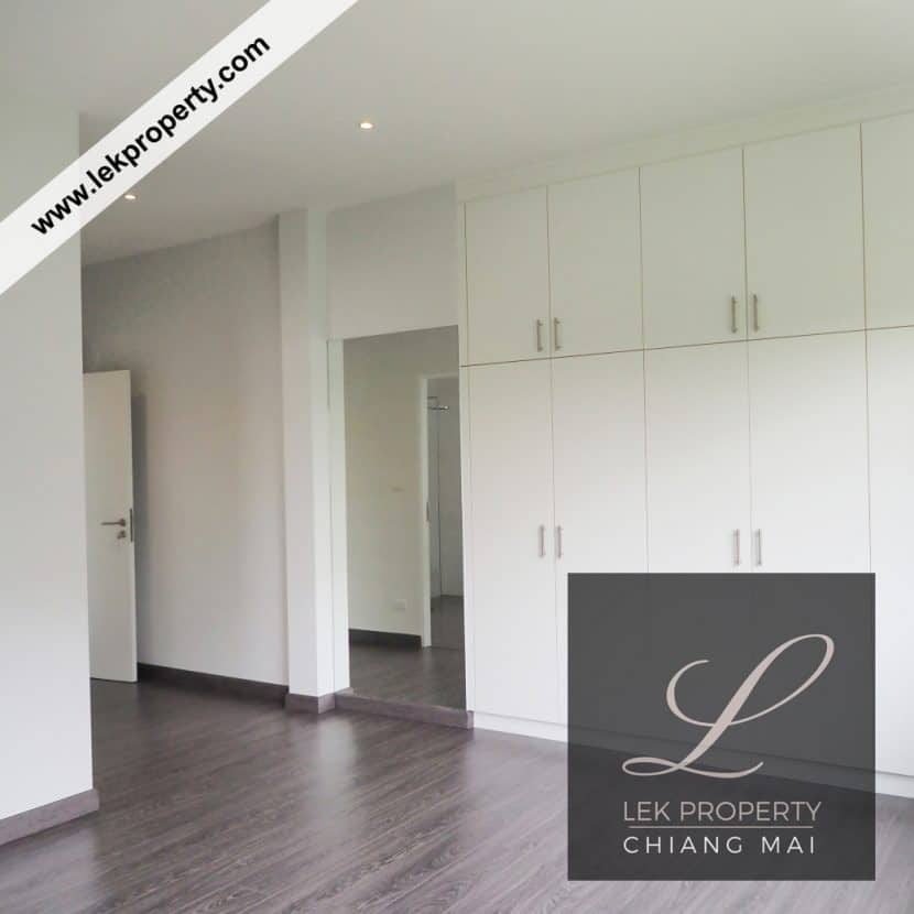 Chiang Mai Luxury Villa for Sale-H122-007