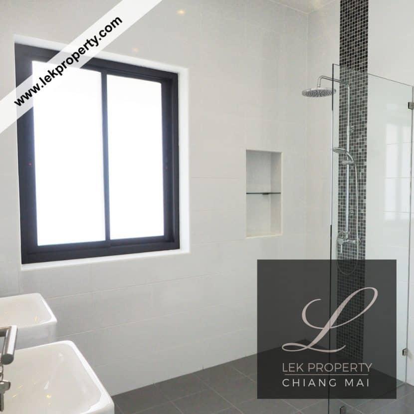 Chiang Mai Luxury Villa for Sale-H122-009