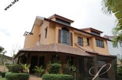 Chiang-Mai-Luxury-Villa-for-Sale-H117-001
