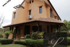 Chiang-Mai-Luxury-Villa-for-Sale-H117-002