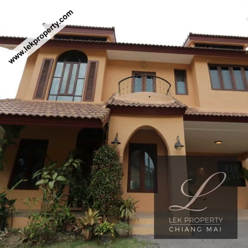 Chiang-Mai-Luxury-Villa-for-Sale-H117-003