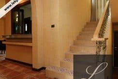 Chiang-Mai-Luxury-Villa-for-Sale-H117-005