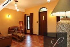 Chiang-Mai-Luxury-Villa-for-Sale-H117-006