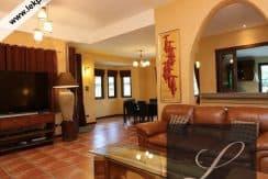 Chiang-Mai-Luxury-Villa-for-Sale-H117-008