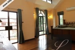Chiang-Mai-Luxury-Villa-for-Sale-H117-016