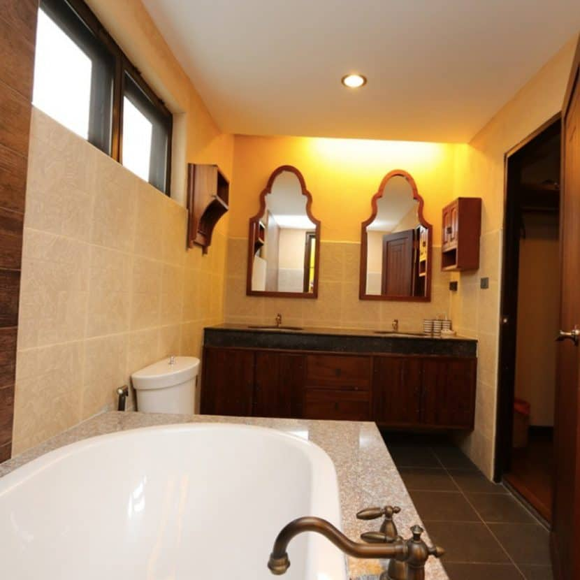 Chiang-Mai-Luxury-Villa-for-Sale-H117-025