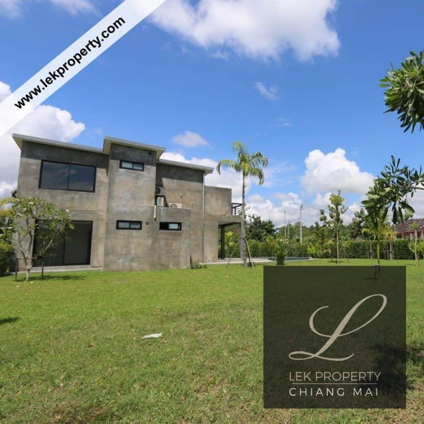 Chiang-Mai-Luxury-Villa-for-Sale-H120-006