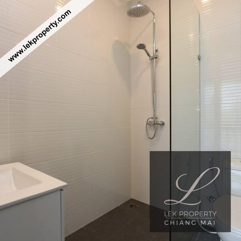 Chiang-Mai-Luxury-Villa-for-Sale-H120-020