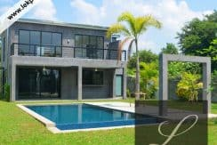 Chiang-Mai-Luxury-Villa-for-Sale-H123-001