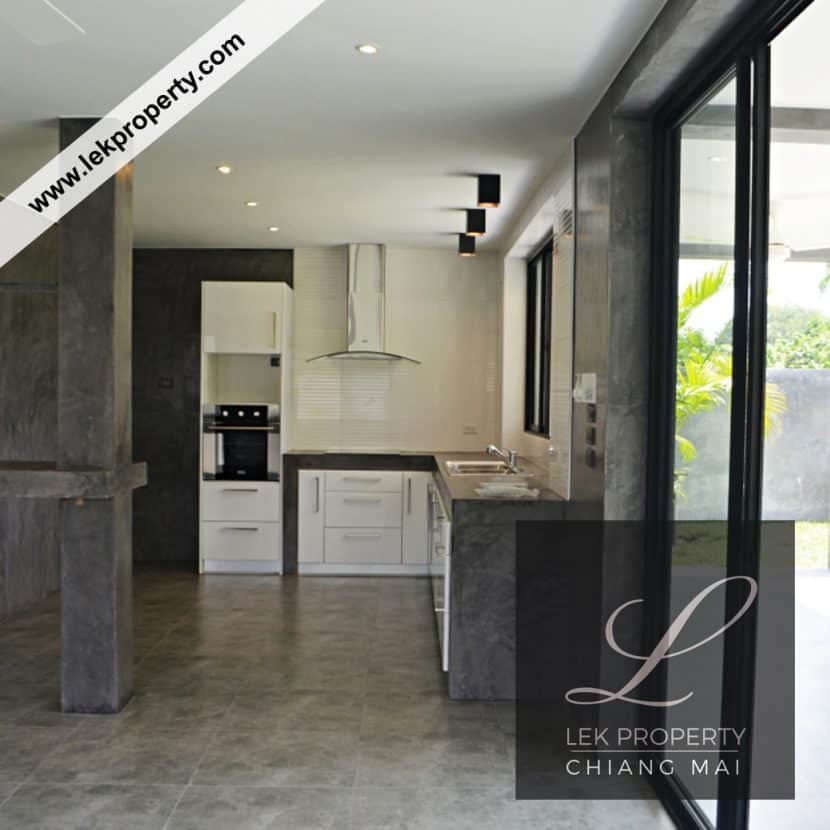 Chiang-Mai-Luxury-Villa-for-Sale-H123-005