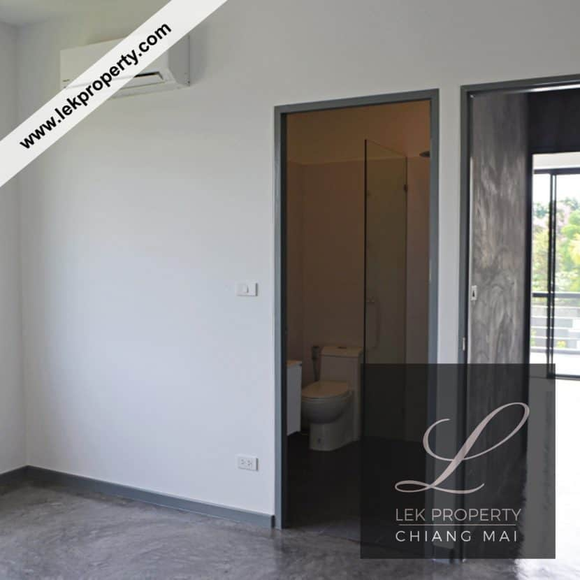 Chiang-Mai-Luxury-Villa-for-Sale-H123-012