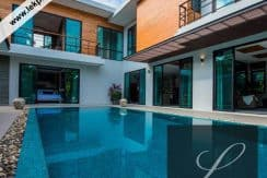 Chiang-Mai-Luxury-Villa-for-Sale-H124-001